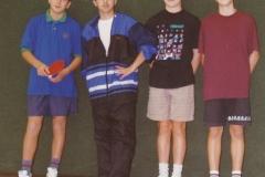 Jungen 1 1997/98. von links: I. Gashi, F. Bislimi, D. Hölle, G. Delcore
