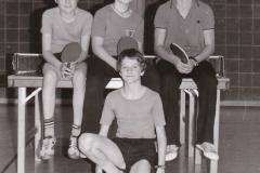 Schüler VR 1978/79: Von links: Kraft, Wehrmann, N. Zeiselmeier, Halbritter